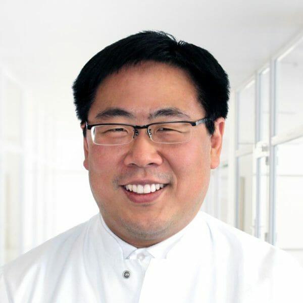 Hyon-il Lee